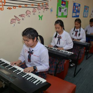 Siriwat_Wittaya_English_Program_30